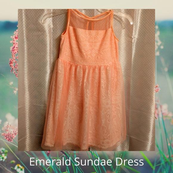 Emerald Sundae Peach Dress Size 10